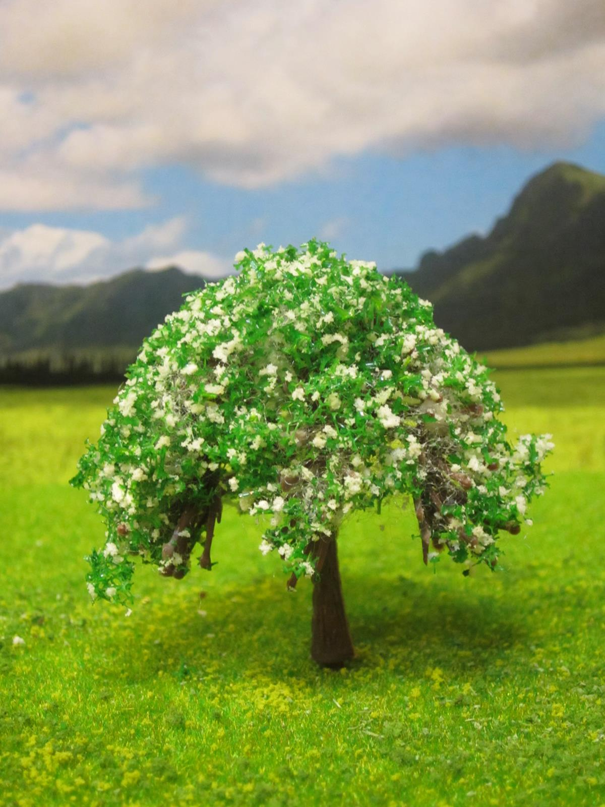 Tree with Green Blossoms Maquette